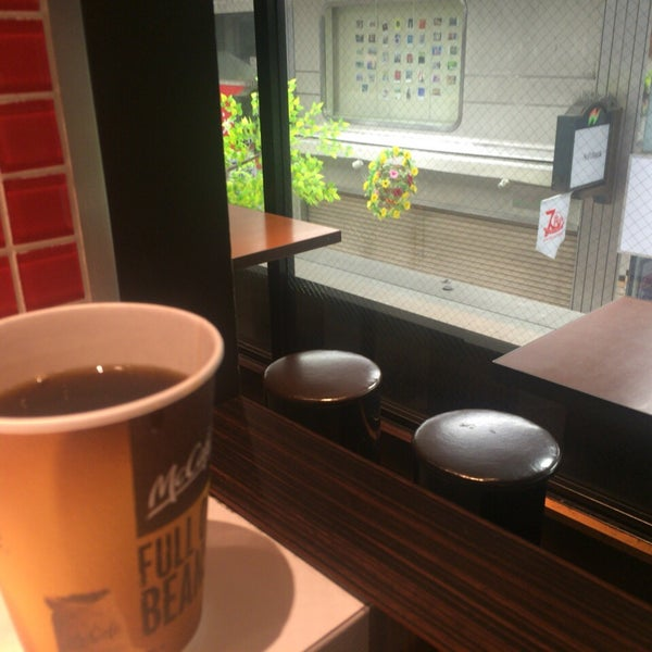 Photo taken at McDonald's by NOBUYASU M. on 4/8/2016