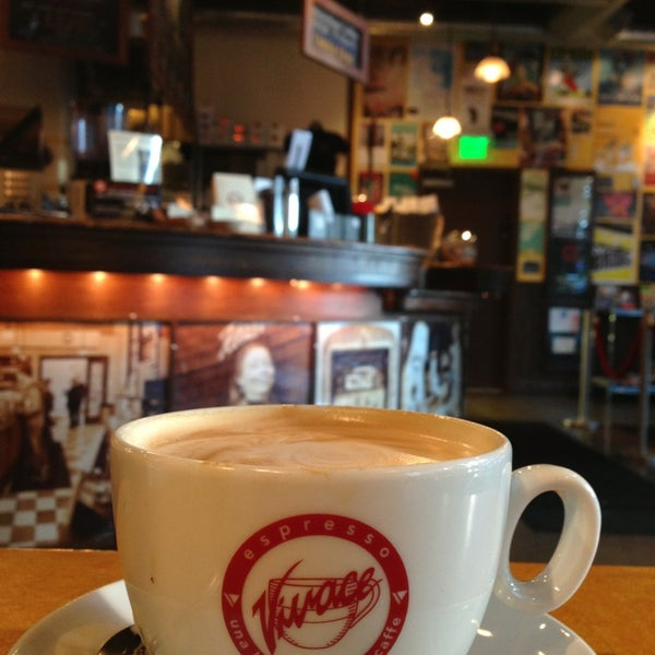 Photo taken at Espresso Vivace by Gyu Young J. on 5/17/2013