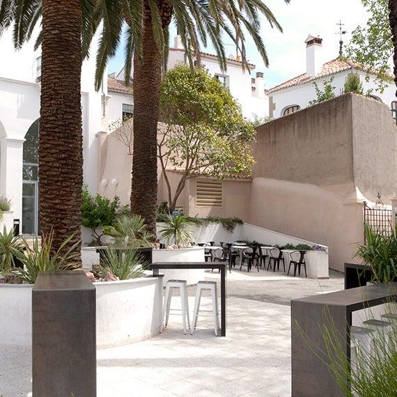 Foto tomada en Mastropiero Gastrobar y Jardín por Mastropiero Gastrobar y Jardín el 2/17/2014