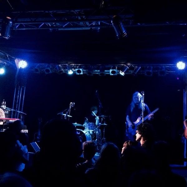 Das Foto wurde bei Frannz Club von Roman C. B. am 12/21/2013 aufgenommen