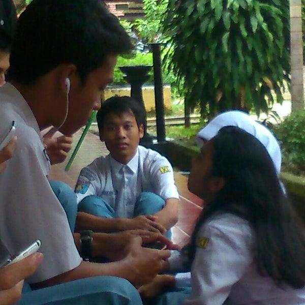 Photo taken at SMA Negeri 4 Semarang by Yazid U. on 2/10/2014