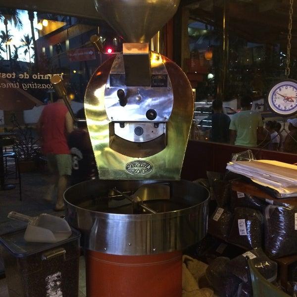 Foto tomada en Rico's Café Zona Dorada por Gina A. el 4/2/2015
