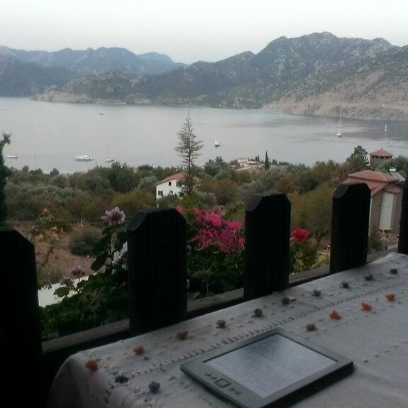 รูปภาพถ่ายที่ Loca Hotel โดย Özge เมื่อ 9/2/2013