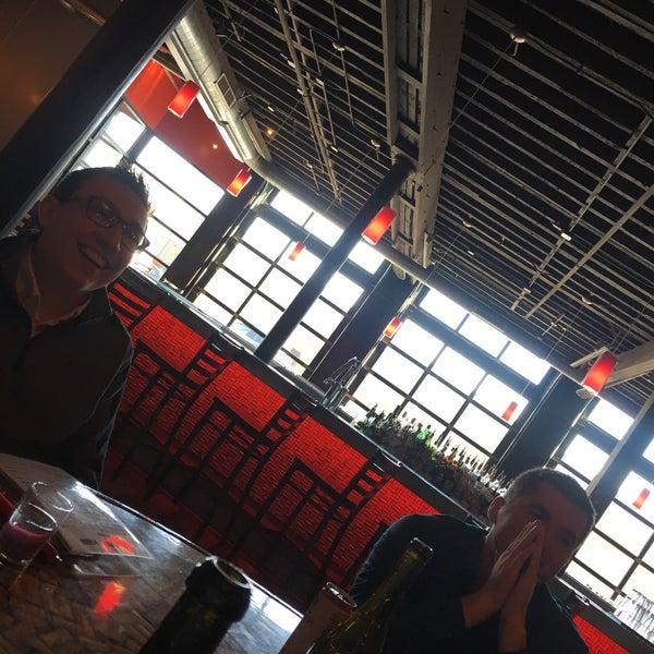 Das Foto wurde bei Tappo Restaurant von Tom O. am 11/21/2017 aufgenommen