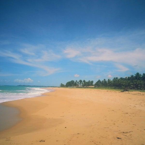 Foto tirada no(a) Praia de Guaxuma por Marcelo T. em 3/9/2014