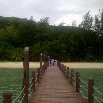 Photo taken at Manukan Island Jetty by Jorgen S. on 10/11/2012