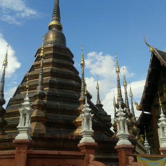 Photo taken at Wat Chedi Luang Varavihara by Thomas B. on 11/7/2012