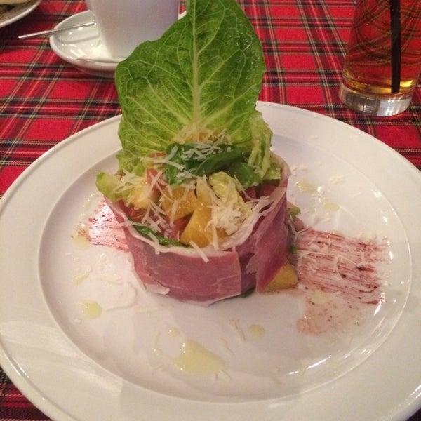 Любителям необычных салатов здесь точно понравится. Вкусно и забавно)