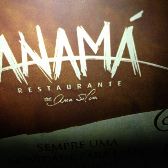 Foto tirada no(a) Anamá Restaurante por Ray v. em 10/5/2012