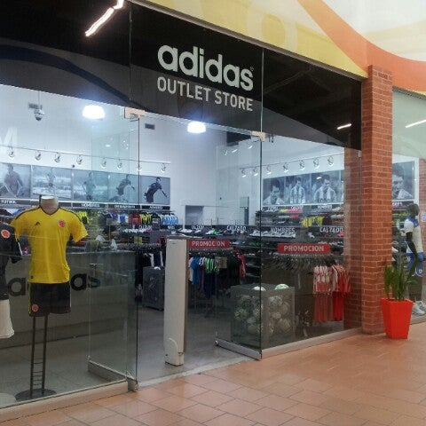 adidas outlet unico