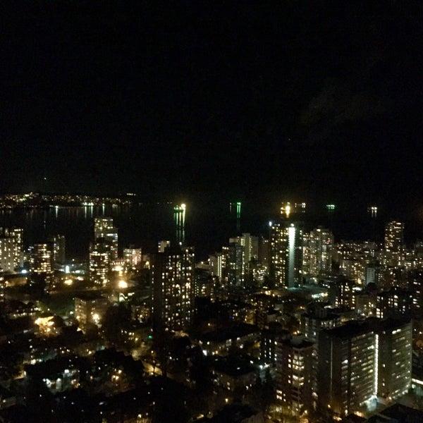 Photo taken at Empire Landmark Hotel by Takumi M. on 2/12/2016