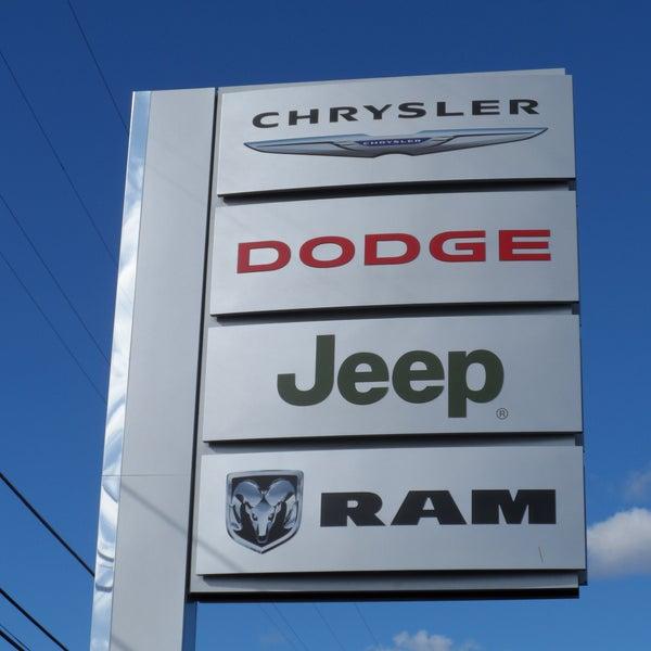 Earl's Dodge Chrysler Jeep Ram - 2 visitors