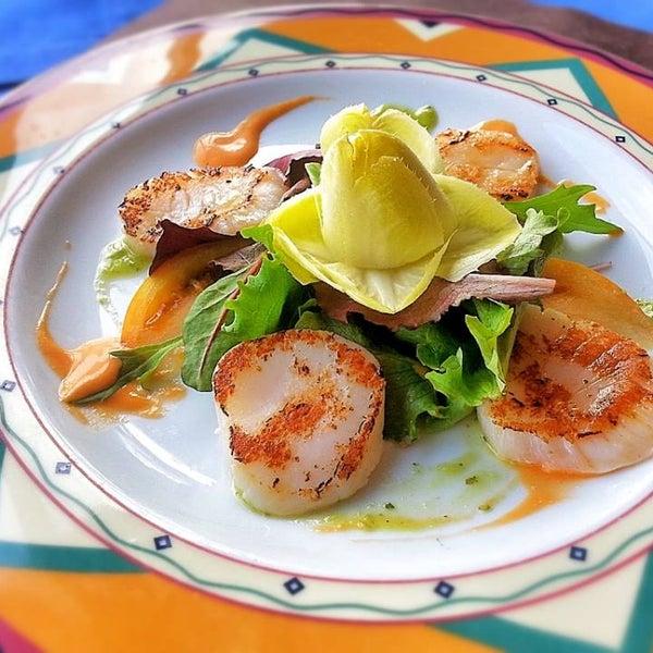 Foto tirada no(a) Restaurante Pizzería La Vela por Restaurante Pizzería La Vela em 3/24/2014