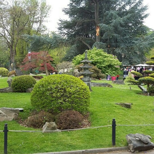 Pavillon des oiseaux zoo exhibit in paris - Brunch jardin d acclimatation ...