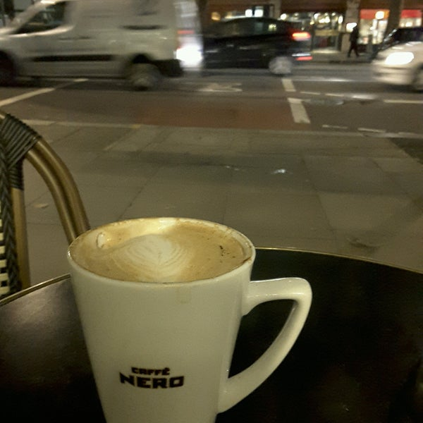 Photo taken at Caffè Nero by aYdIn on 9/23/2016
