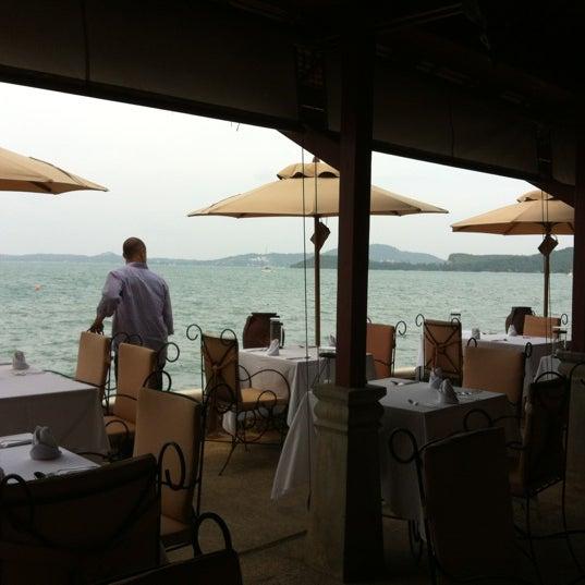 Photo taken at Zazen Boutique Resort & Spa by Mandy I. on 10/20/2012