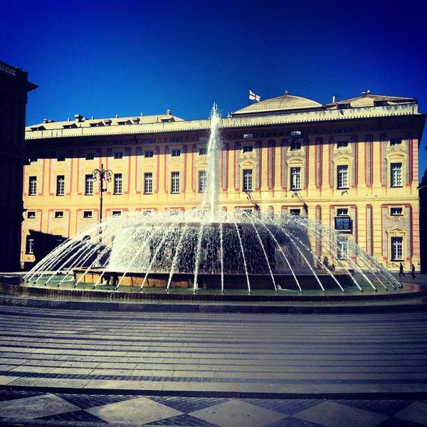 Foto scattata a Piazza de Ferrari da Genovese N. il 11/14/2012