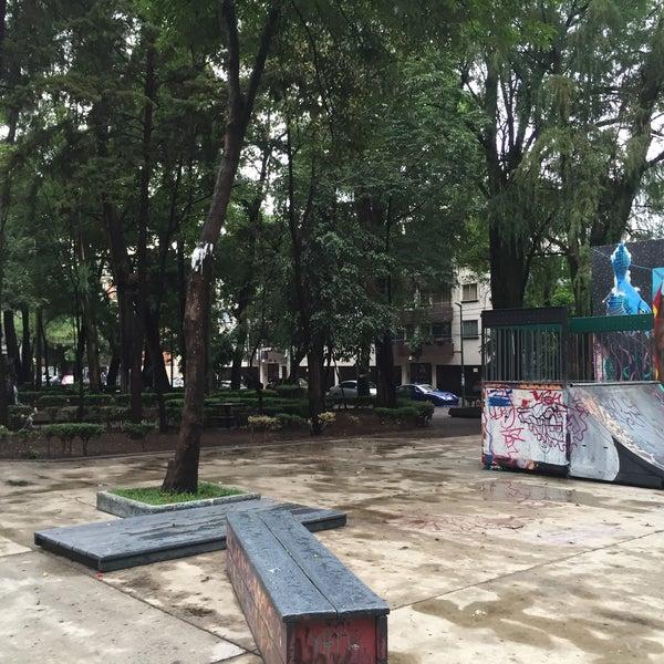 Photo taken at Jardin Morelos by Liliana U. on 5/15/2016