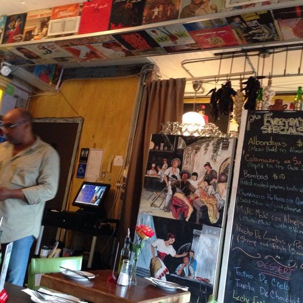 Foto tomada en Rincon Escondido Cafe por Cathy L. el 9/27/2013
