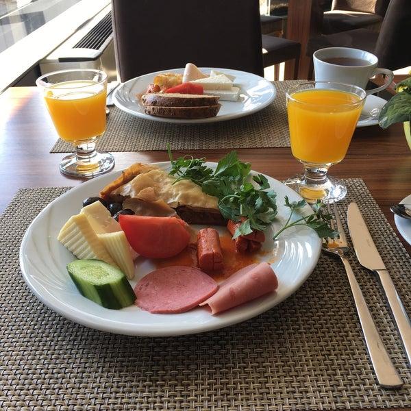 4/9/2017 tarihinde Buket T.ziyaretçi tarafından Anatolia Hotel'de çekilen fotoğraf