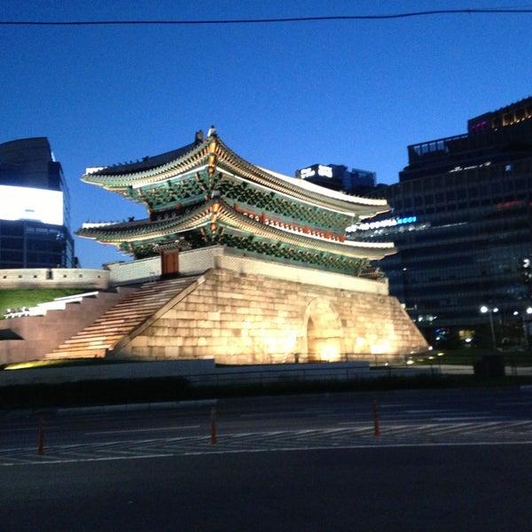 Photo taken at Sungnyemun by Hyeona L. on 6/1/2013