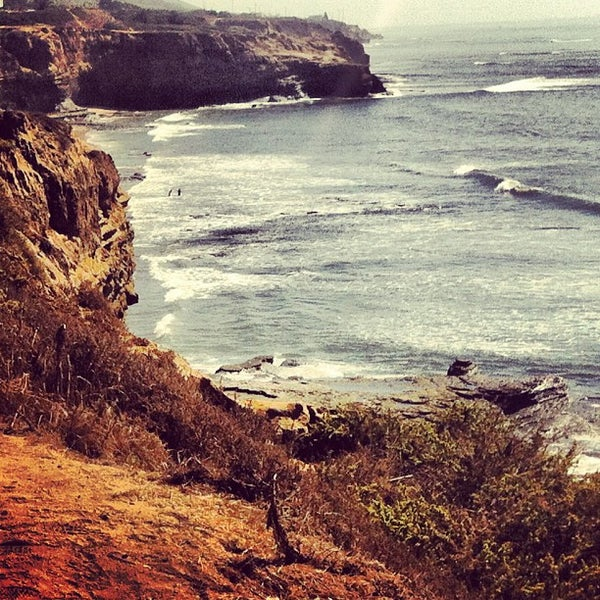 Foto tirada no(a) Sunset Cliffs Natural Park por Jason W. em 10/2/2012