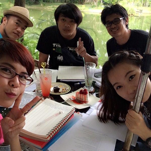 Photo taken at Sweet Garden by Wisitsiri K. on 8/12/2014