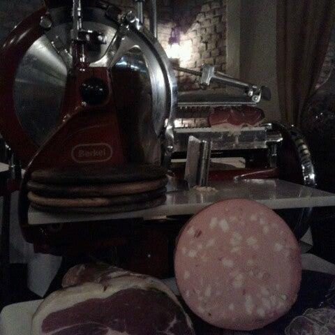 Photo taken at Osteria del Sognatore by Carmen L. on 11/24/2012