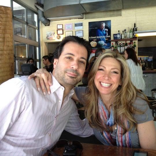 Foto tirada no(a) Barbuto por John E. em 5/6/2012