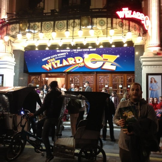 Foto scattata a The London Palladium da German D. il 3/11/2012