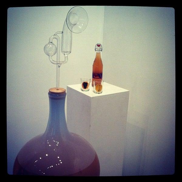 8/26/2012 tarihinde Bryan H.ziyaretçi tarafından Public Glass'de çekilen fotoğraf