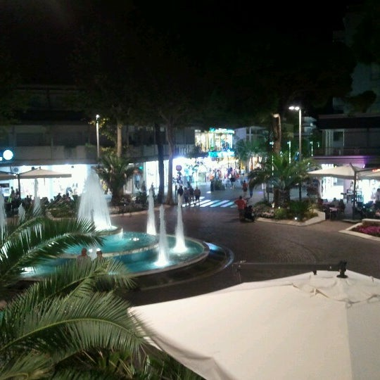 Photo taken at Hotel Monaco by Claudio B. on 9/10/2012