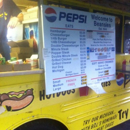 Photo taken at Beansies by Vicki H. on 9/8/2012