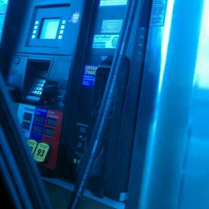 Photo taken at Walmart Supercenter by Lizette P. on 2/14/2012