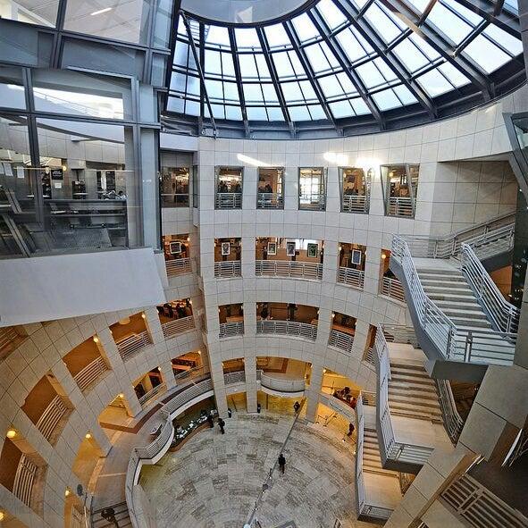 San Francisco Public Library Civic Center 100 Larkin St