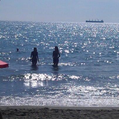 Foto scattata a Централен Плаж Бургас (Burgas Central Beach) da Mariyan A. il 8/19/2012