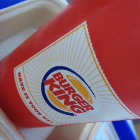 Photo taken at Burger King by Mehmet Can A. on 8/17/2012
