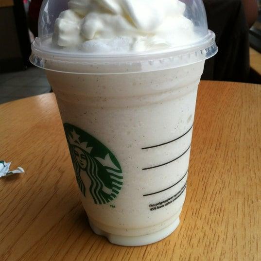 Photo taken at Starbucks by Ryan H. on 4/13/2012