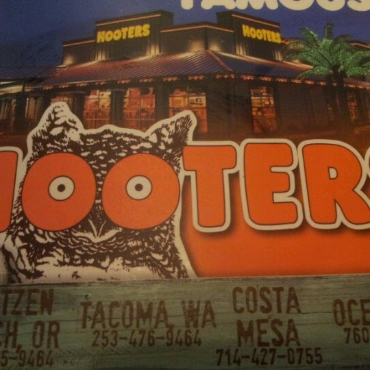 Photo taken at Hooters of Ontario by Bruno P. on 7/13/2012