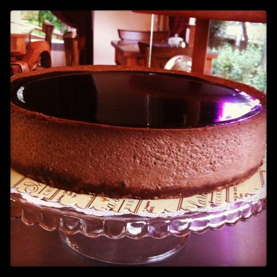 8/9/2012 tarihinde Asliziyaretçi tarafından Maria's Cheesecakes'de çekilen fotoğraf
