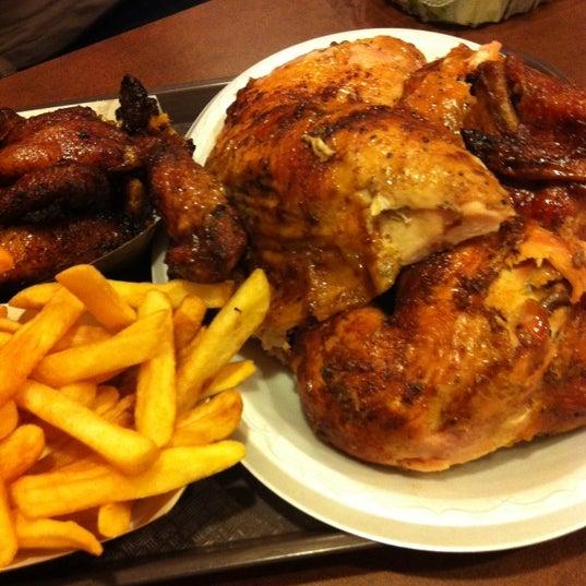 Photo taken at Crisp & Juicy Chicken by Carl H. on 6/29/2012