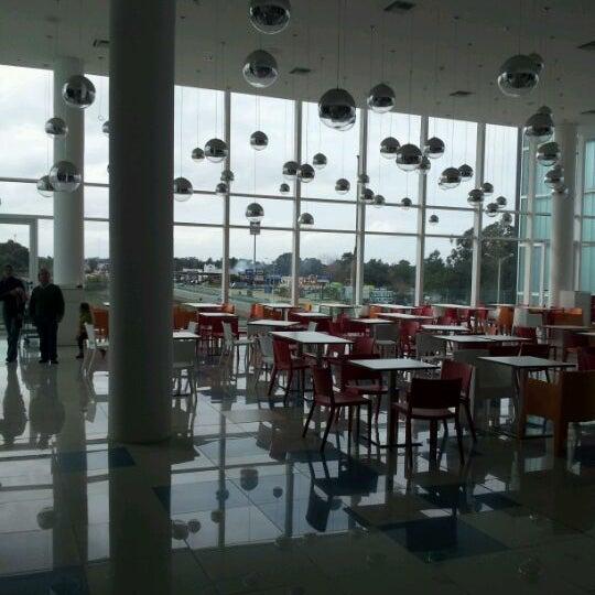Foto tomada en Costa Urbana Shopping por Andrés P. el 5/27/2012
