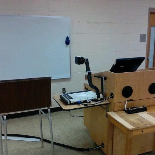 Снимок сделан в Pulaski Technical College пользователем Jeremiah M. 3/9/2012