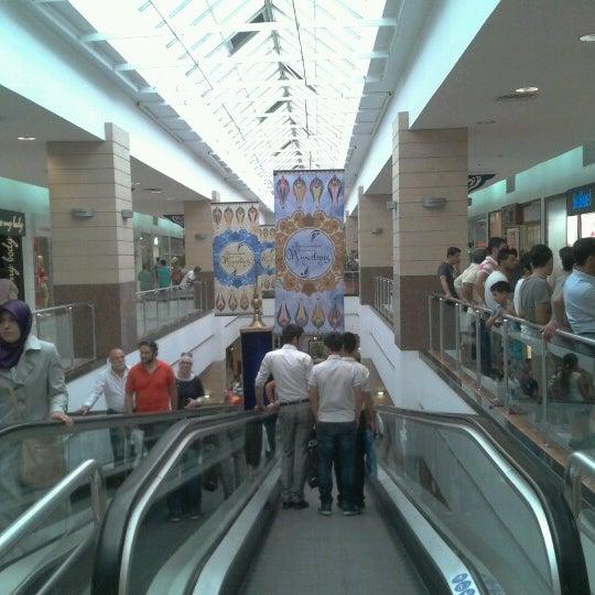 8/18/2012 tarihinde Mehmet Ç.ziyaretçi tarafından Beylikdüzü Migros AVM'de çekilen fotoğraf