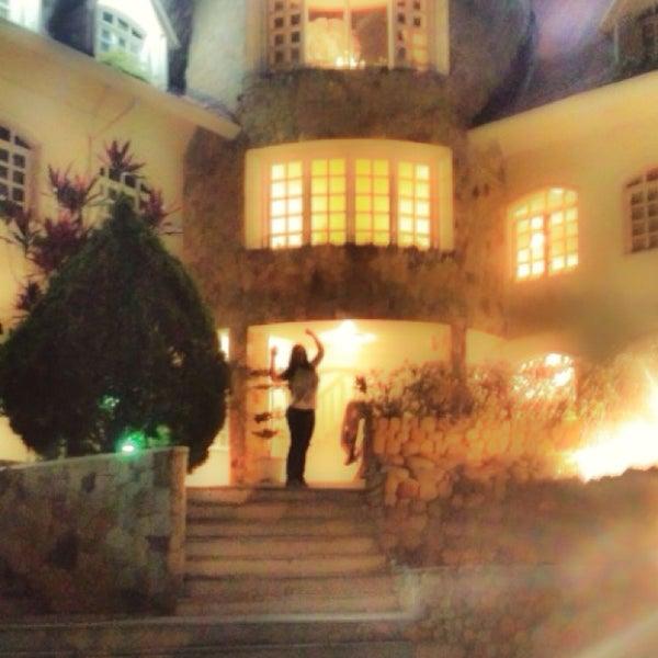 Foto tomada en Castillo De La Fantasia Gran Hotel por Karen S. el 5/3/2014
