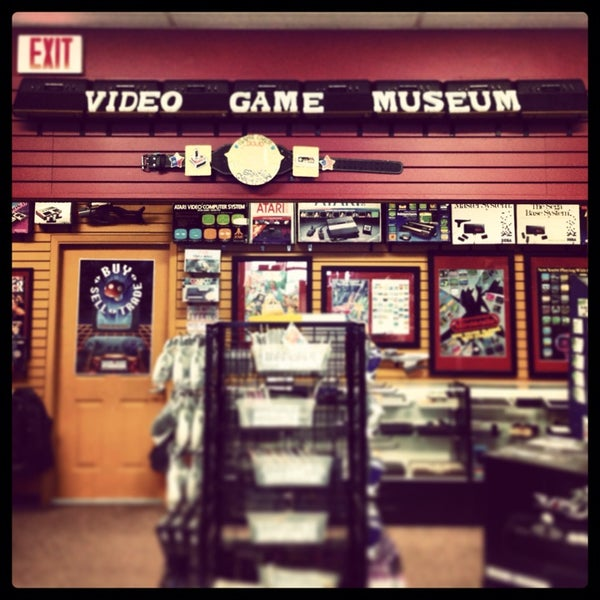 Photo taken at Game Over Videogames by Deven N. on 8/18/2013