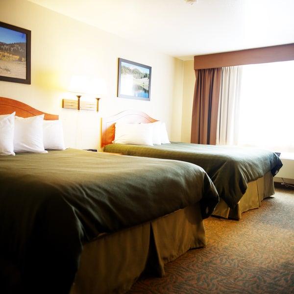 Photo taken at Jorgenson's Inn & Suites by Jorgenson's Inn & Suites on 3/5/2014