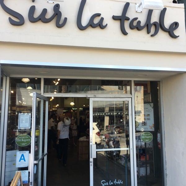 Sur la table wilshire montana santa monica ca for Sur la table 6 quart