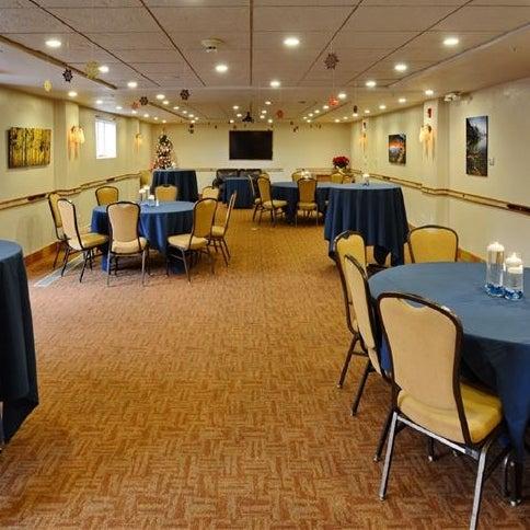 Photos At Table Mountain Inn Wedding Hall - Table mountain inn restaurant