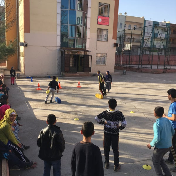 Photo taken at Mustafa Vedat Mutlu Ortaokulu by Ömer Tuncer S. on 3/9/2016